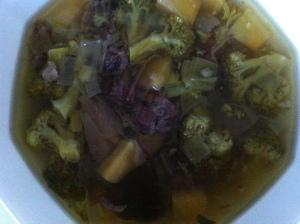 Health in a bowl - aka fresh home made stock with loads of veggies